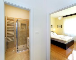 Dvosoban apartman za dnevni smještaj